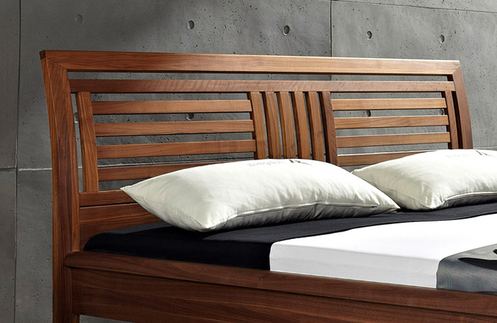 massivholzbett von zweigraum bett nandal 180 x 200 cm. Black Bedroom Furniture Sets. Home Design Ideas